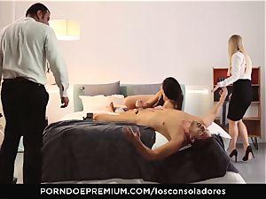 LOS CONSOLADORES - magnificent Nekane licks spunk in 4some