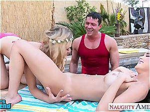 bombshells Dillion Harper and Natalia Starr gets facialized