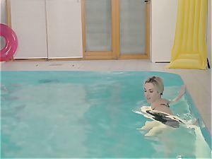 RELAXXXED - buxom british stunner enjoys super hot pool hookup