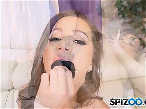 Solo masturbation with kinky Abigail Mac